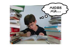niño estudiando aburrido